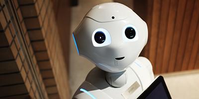 negative-space-robot-white-artificial-intelligence-alex-knight-400