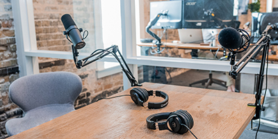 Podcasting-400x200