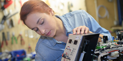 USPTO Publishes Report on Trends of US Women Inventors